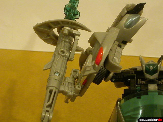 Final Battle Jazz- robot mode (plasma cannon attached to shield)