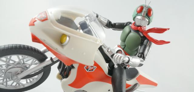 S.H. Figuarts Masked Rider 1 and New Cyclone