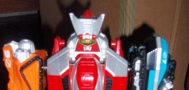 Deluxe Dual Drive Megazord (Second Version)