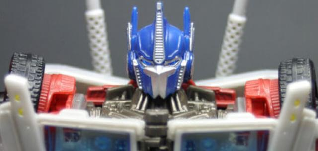 First Edition Voyager Class Optimus Prime