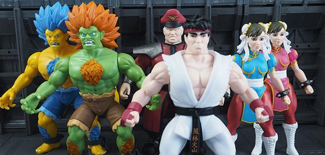 Savage World Street Fighter Series 1