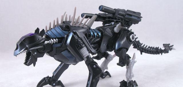 Deluxe-Class Decepticon Ravage