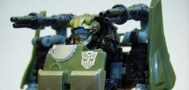 Scout-class Autobot Dune Runner