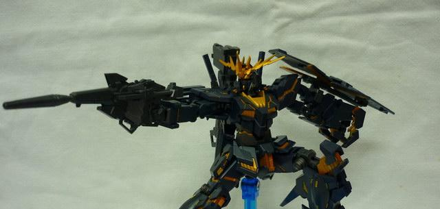 Unicorn Gundam Banshee Destroy Mode