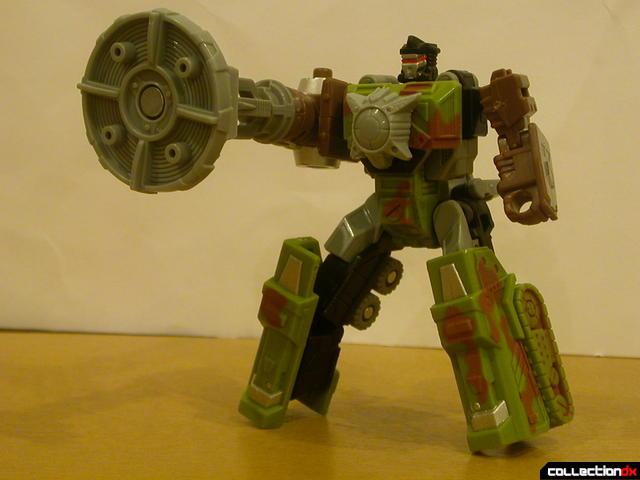 Autobot Signal Flare- robot mode posed (with Energon dish attached)