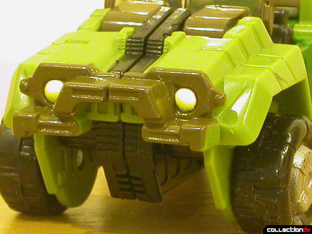 Autobot Strongarm- vehicle mode (front bumper detail)