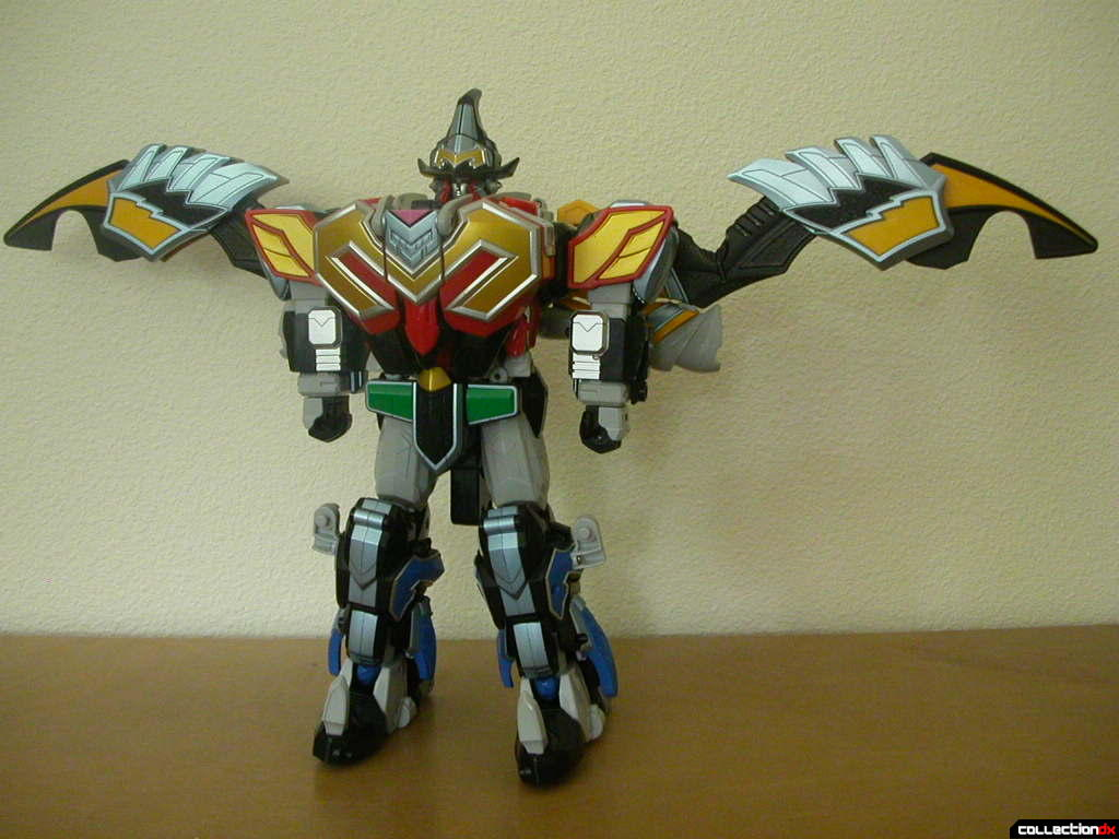 DX Majin Gattai MagiKing- wings extended (front)
