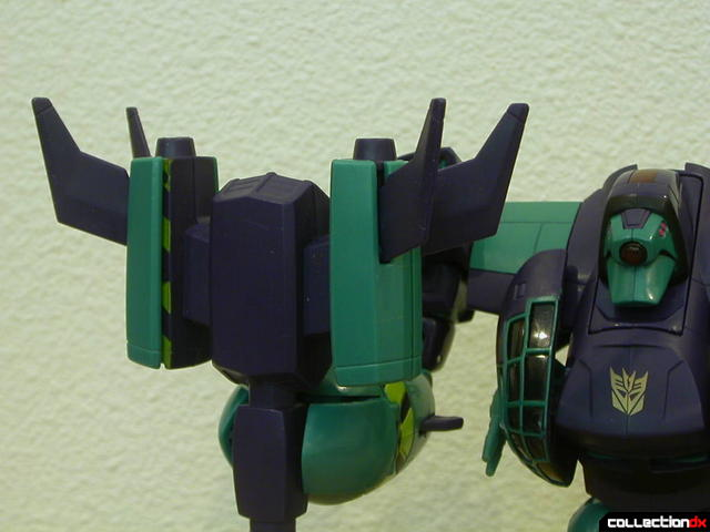Decepticon Lugnut-  weapon Automorph feature 3-4