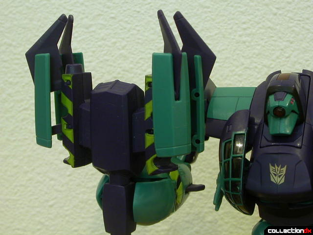 Decepticon Lugnut-  weapon Automorph feature 4-4