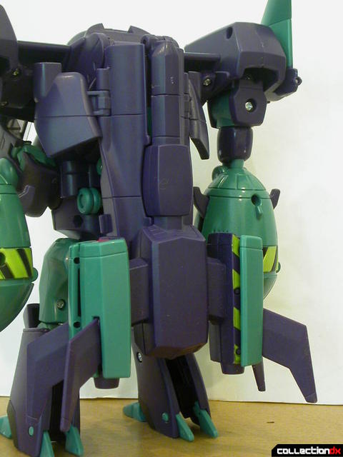 Decepticon Lugnut- robot mode (collapsed mace stored on back)
