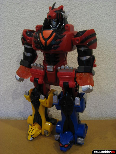 Transforming Fury Megazord Set- Jungle Pride Megazord (front)