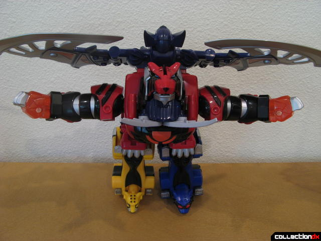 Transforming Fury Megazord Set- Jungle Pride Megazord with Bat Power (top view)