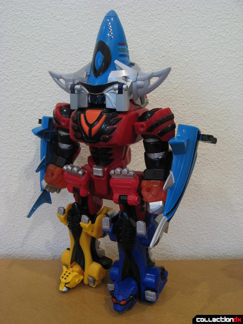 Transforming Fury Megazord Set- Jungle Pride Megazord with Shark Power (front)