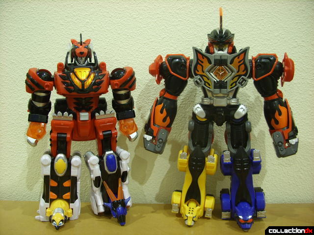 legs optionally swapped between Dlx. Jungle Pride Megazord and Jungle Master Megazord