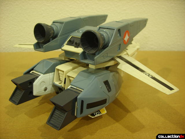 VF-1S Super Valkyrie - Fighter Mode (back)