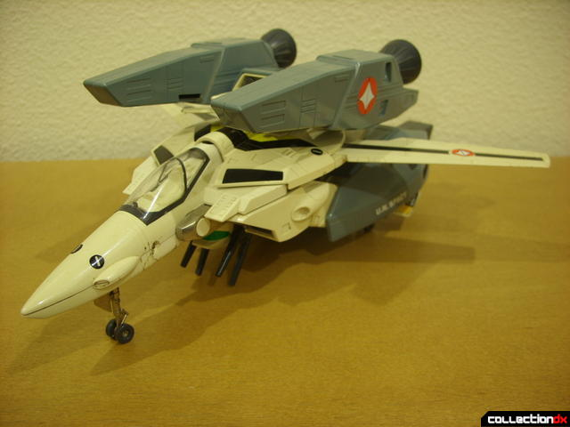 VF-1S Super Valkyrie - Fighter Mode (front)