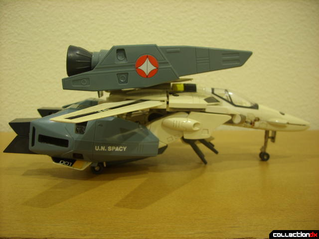 VF-1S Super Valkyrie - Fighter Mode (right profile)