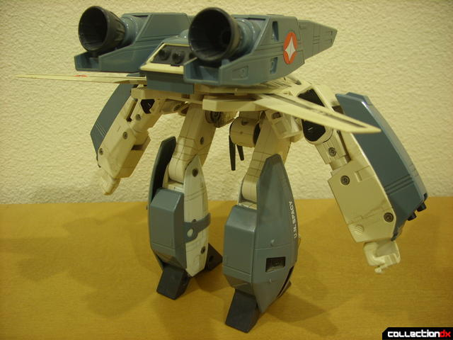 VF-1S Super Valkyrie - GERWALK Mode (back)