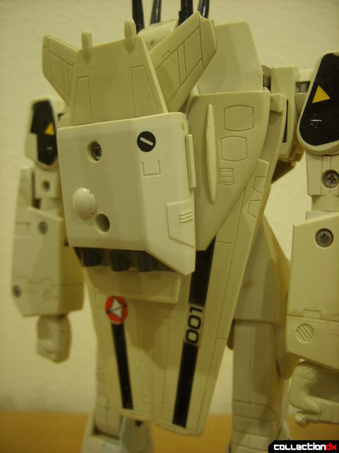 VF-1S Valkyrie - Battroid Mode (back thruster assembly detail)