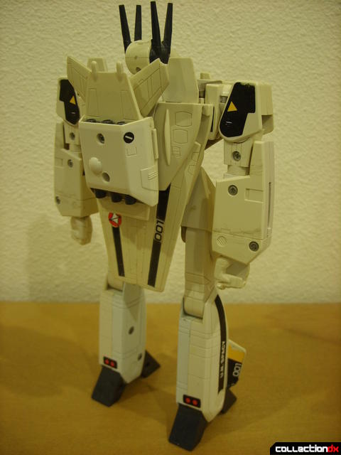 VF-1S Valkyrie - Battroid Mode (back)