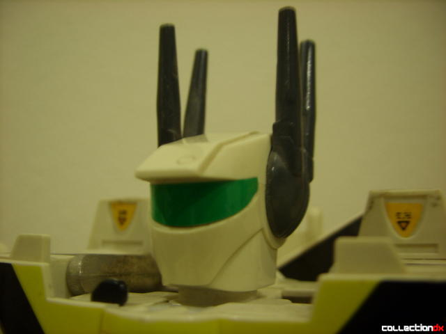 VF-1S Valkyrie - Battroid Mode (head detail)