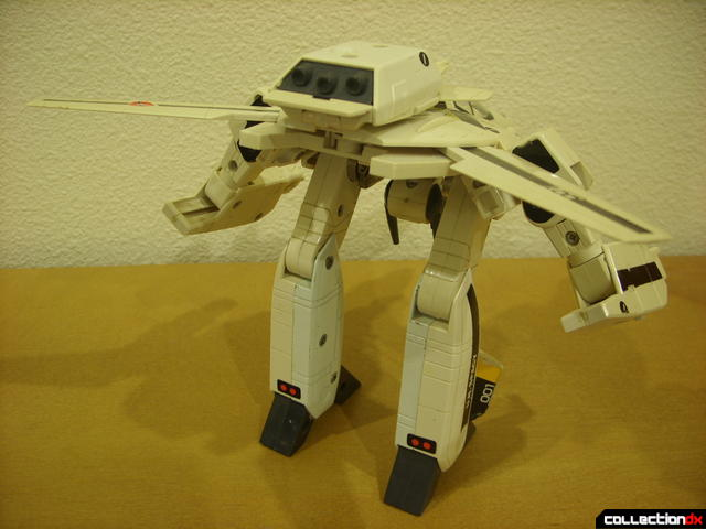 VF-1S Valkyrie - GERWALK Mode (back)