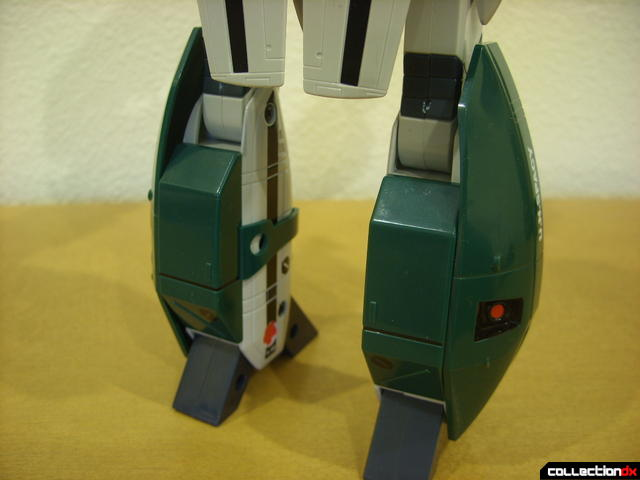 Origin of Valkyrie VF-1A Super Valkyrie Ichijyo- Battroid Mode (leg pods attached, back view)