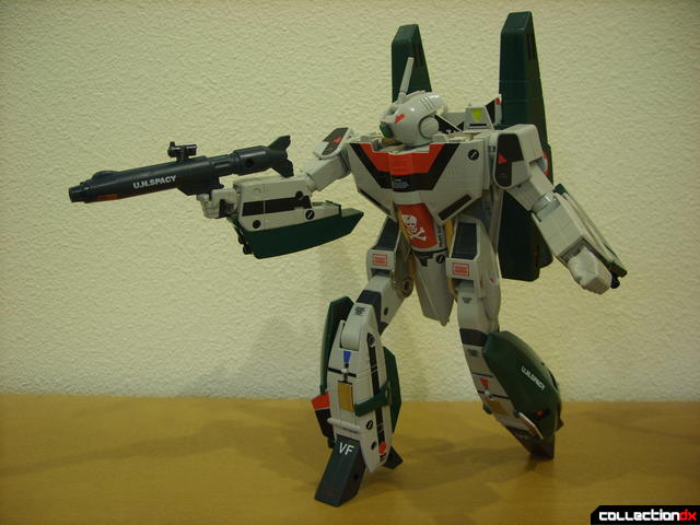 Origin of Valkyrie VF-1A Super Valkyrie Ichijyo- Battroid Mode posed (3)