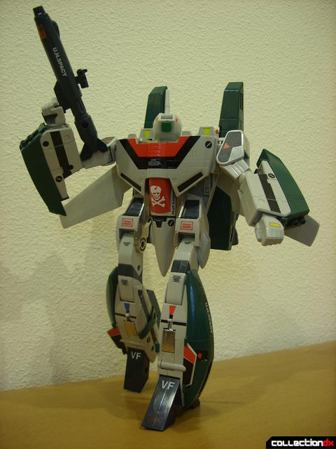 Origin of Valkyrie VF-1A Super Valkyrie Ichijyo- Battroid Mode posed (5)