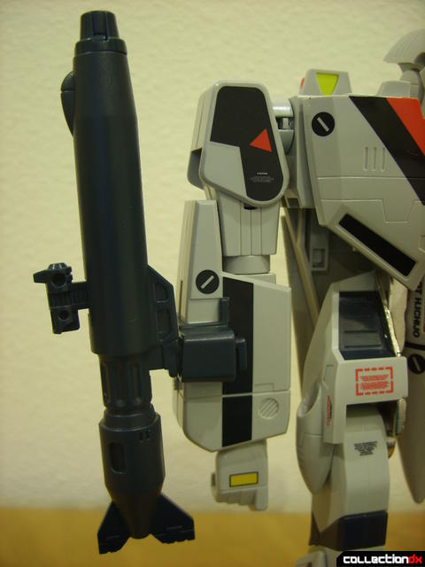 Origin of Valkyrie VF-1A Valkyrie Ichijyo ver.- Battroid Mode (gun pod stored on right arm)