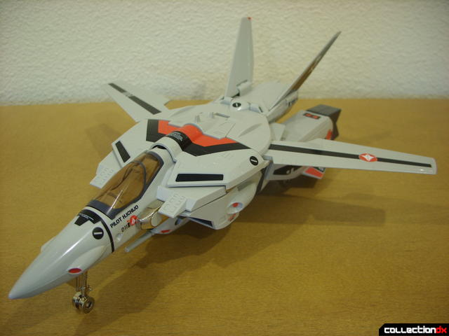Origin of Valkyrie VF-1A Valkyrie Ichijyo ver.- Fighter Mode (front)