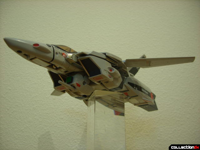 Origin of Valkyrie VF-1A Valkyrie Ichijyo ver.- Fighter Mode dramatic angle (2)