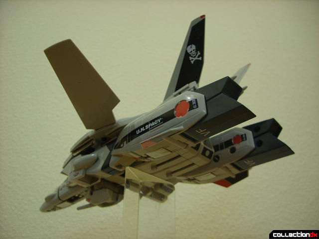 Origin of Valkyrie VF-1A Valkyrie Ichijyo ver.- Fighter Mode dramatic angle (3)