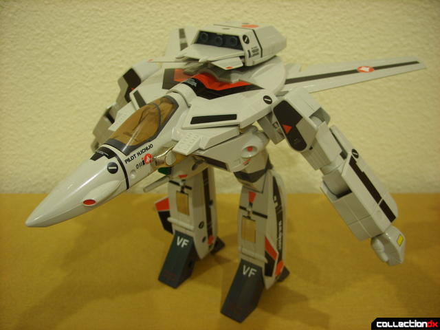 Origin of Valkyrie VF-1A Valkyrie Ichijyo ver.- GERWALK Mode (front)