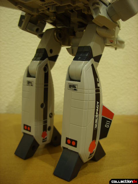 Origin of Valkyrie VF-1A Valkyrie Ichijyo ver.- GERWALK Mode (legs detail, back)