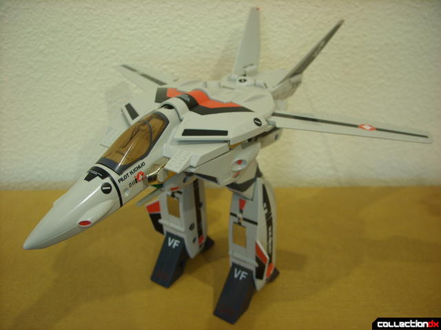 Origin of Valkyrie VF-1A Valkyrie Ichijyo ver.- GERWALK Mode (with arms retracted)