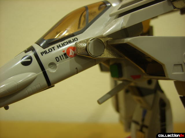Origin of Valkyrie VF-1A Valkyrie Ichijyo ver.- leg transformation bar detail (2)