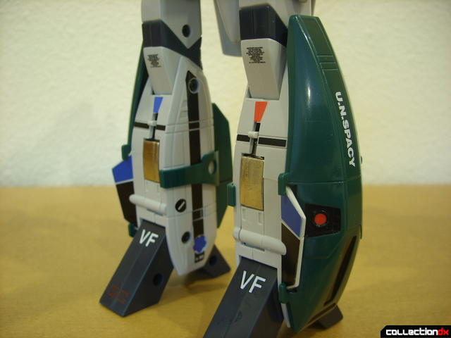 Origin of Valkyrie VF-1A Super Valkyrie Max ver.- Battroid Mode (leg pods attached)