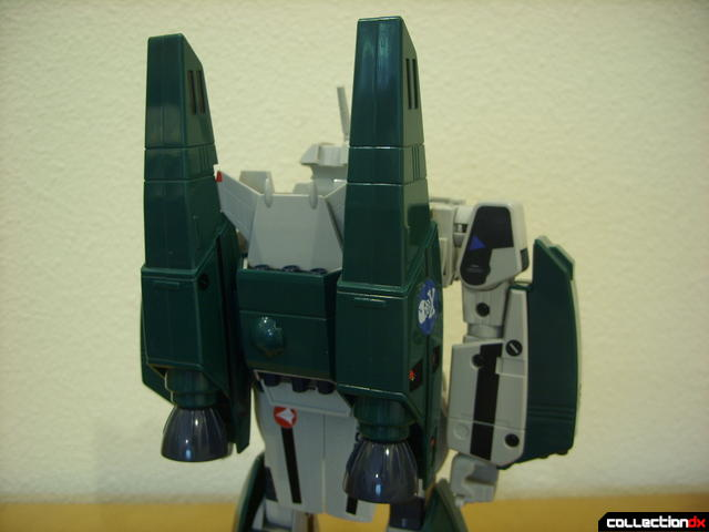 Origin of Valkyrie VF-1A Super Valkyrie Max ver.- Battroid Mode (with boosters attached)