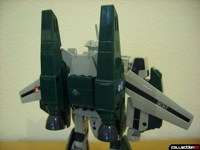 Origin of Valkyrie VF-1A Super Valkyrie Max ver.- Battroid Mode (wings opened cautiously)