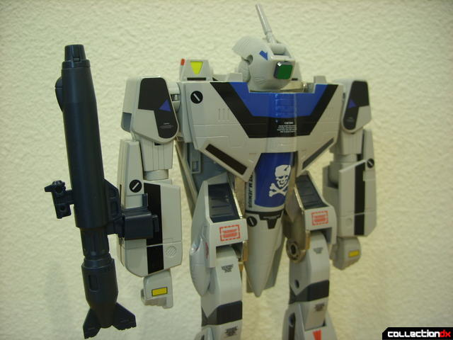 Origin of Valkyrie VF-1A Valkyrie Max ver.- Battroid Mode (gun pod stored on right arm)