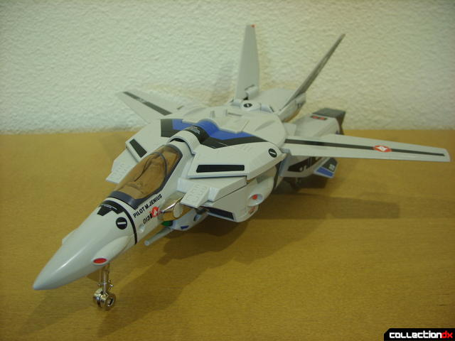 Origin of Valkyrie VF-1A Valkyrie Max ver.- Fighter Mode (front)