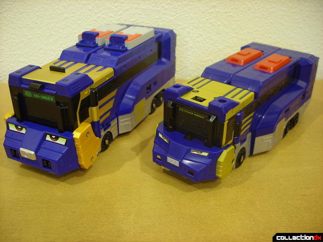 front view- Engine Buson (L) and Lion Hauler Zord Attack Vehicle (R)
