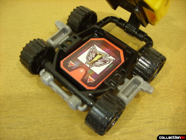 High Octane Megazord- Bear Crawler Zord Attack Vehicle (undercarriage with Engine Cell placed)