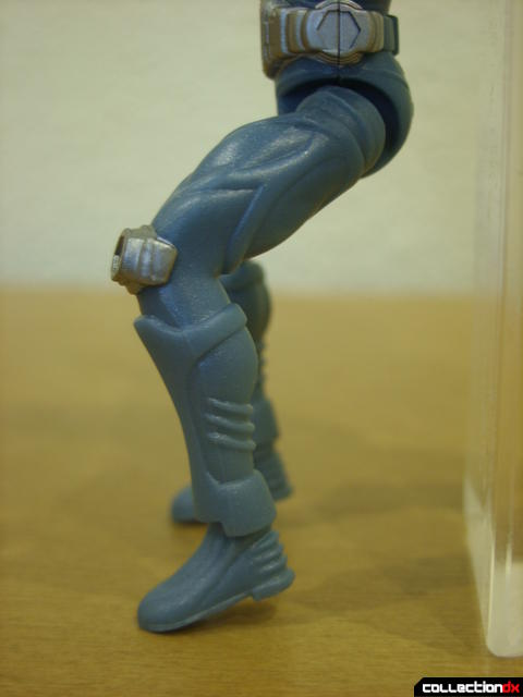 Kamen Rider Blank Knight with Advent Cycle- figure detail (legs detail)