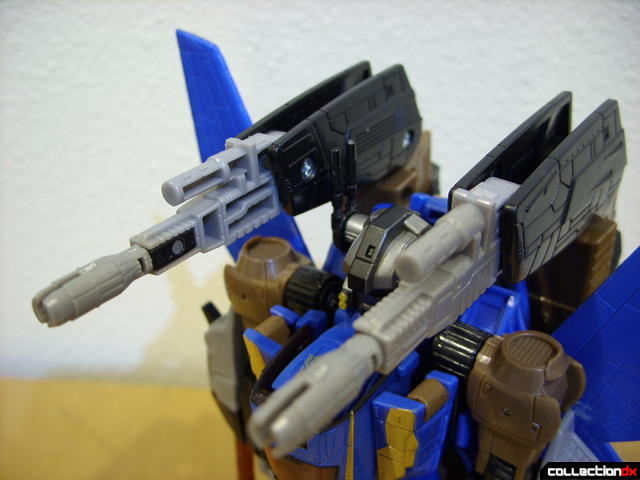 Autobot Tread Bolt with armor- robot mode (booster cannons detail, lowered)