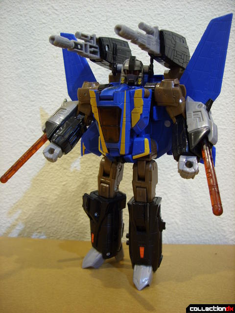 Autobot Tread Bolt with armor- robot mode posed (1)