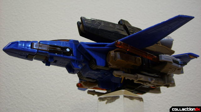 Autobot Tread Bolt with armor- vehicle mode dramatic angle (1)
