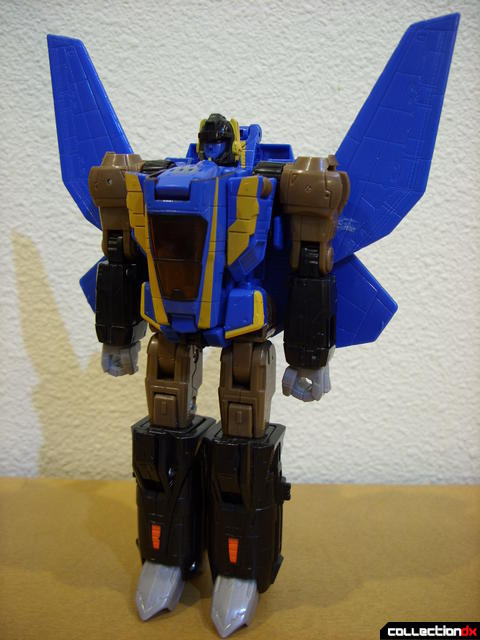 Autobot Tread Bolt without armor- robot mode (front)