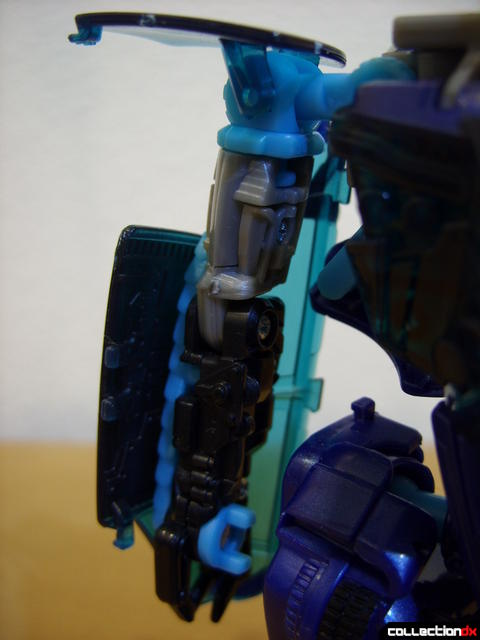 RotF Deluxe-class Autobot Jolt- robot mode (right arm detail)